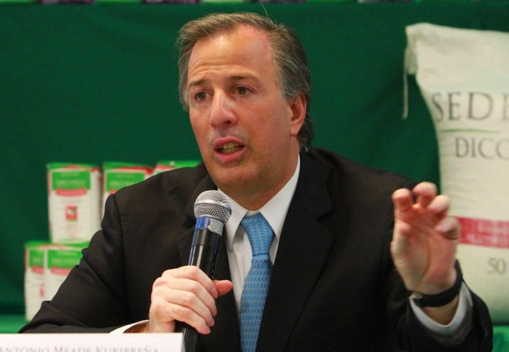 Meade Throws His Hat in the Ring