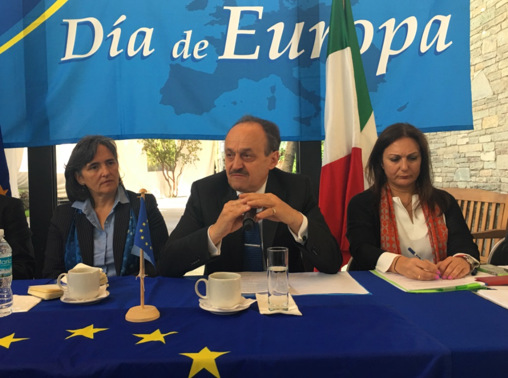 EU Envoy Marks Europe Day, Touts Accord with Mexico