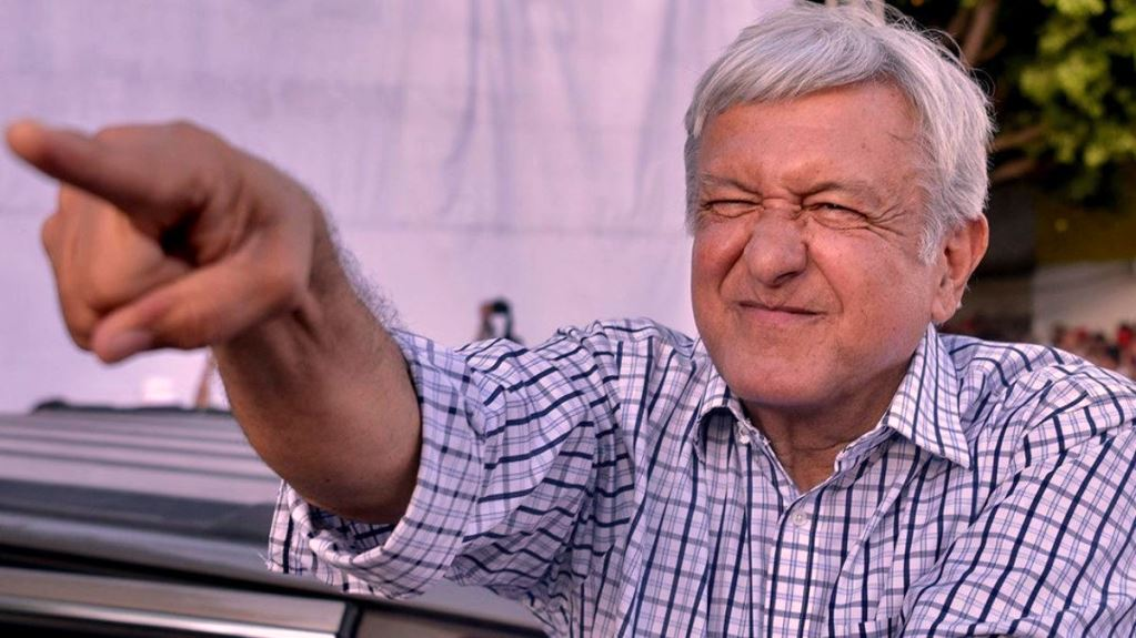 AMLO Attacks Leopardism, Elba Esther Aims to Recoup SNTE