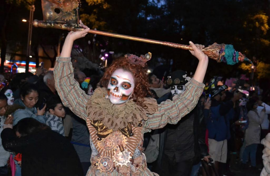 Mexico's Night of the (Elegant) Living Dead