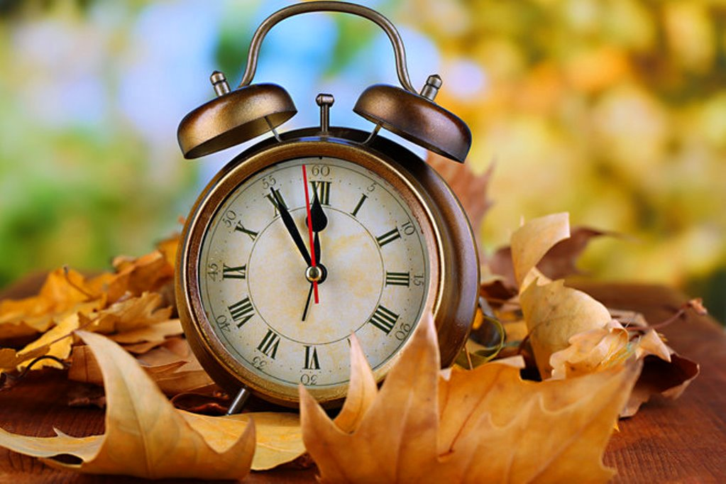 Time to Fall Back as Daylight Savings TimeEnds