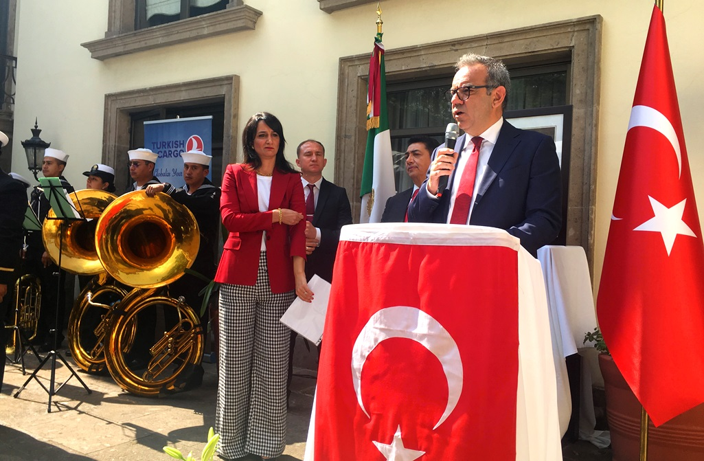 Diplomatic Discretion and Decorum Prevail at Turkish National Day Reception
