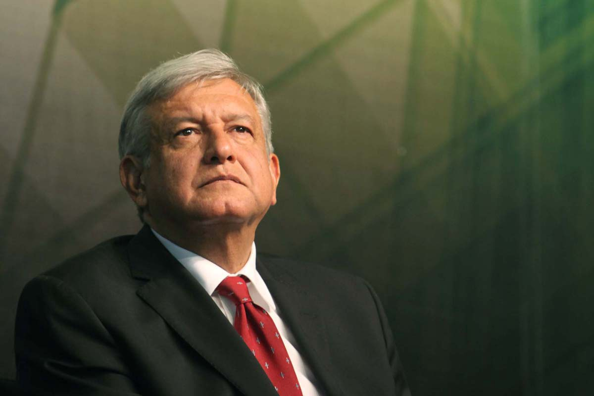 AMLO Takes Stand on Former Presidents, National Guard