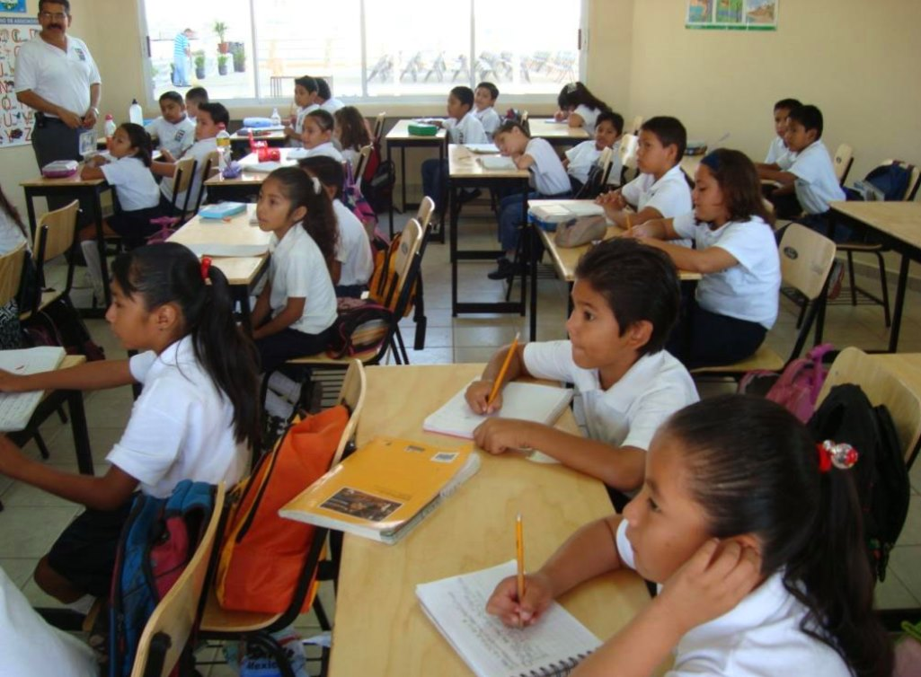 Mandatory English Language Classes Likely to Disappear under New Mexican Administration