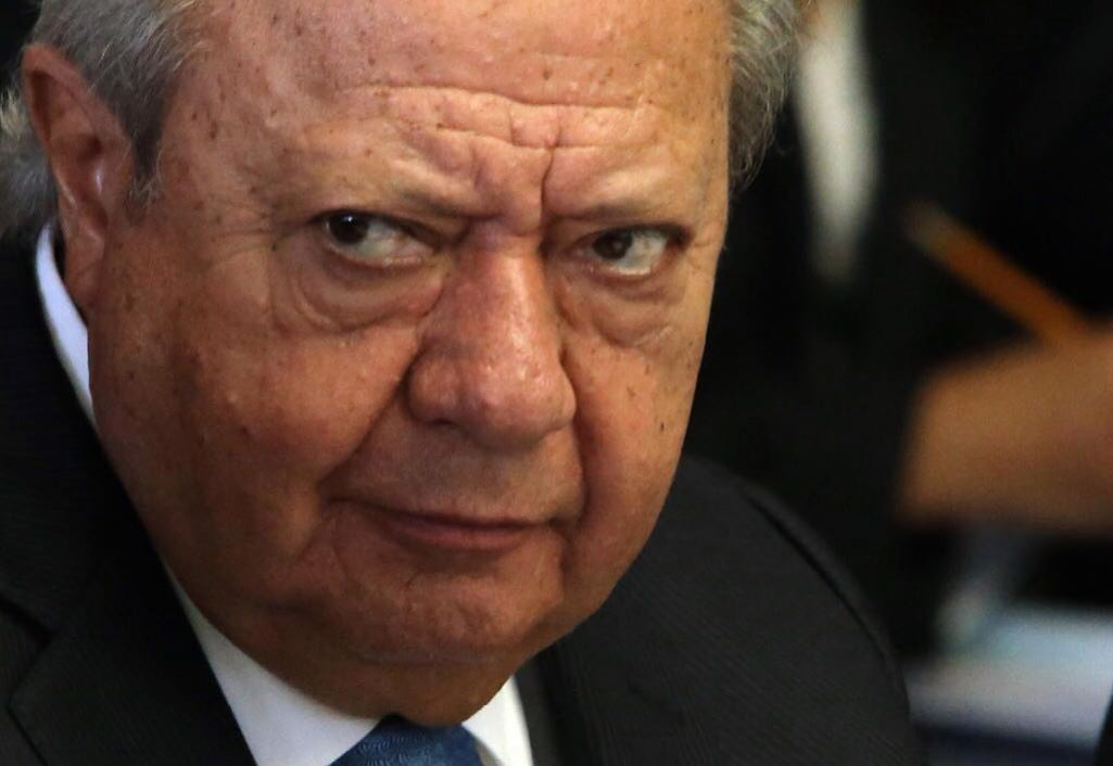 Pemex Union Boss Defiant Despite Pending Indictment