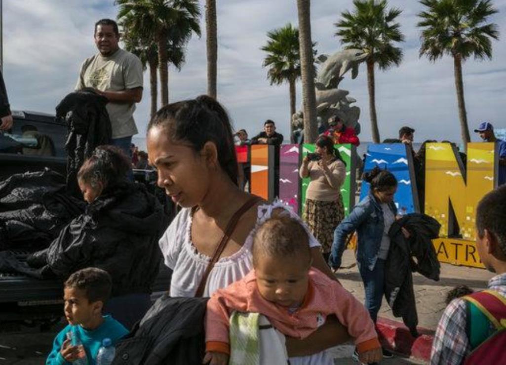 5,000 Migrants Enter MexicoLegally