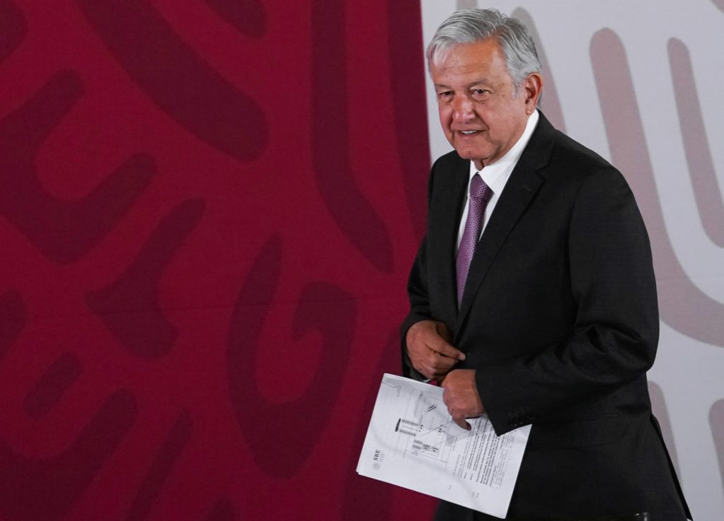 AMLO Accuses Former Officials of Causing CFE Collapse