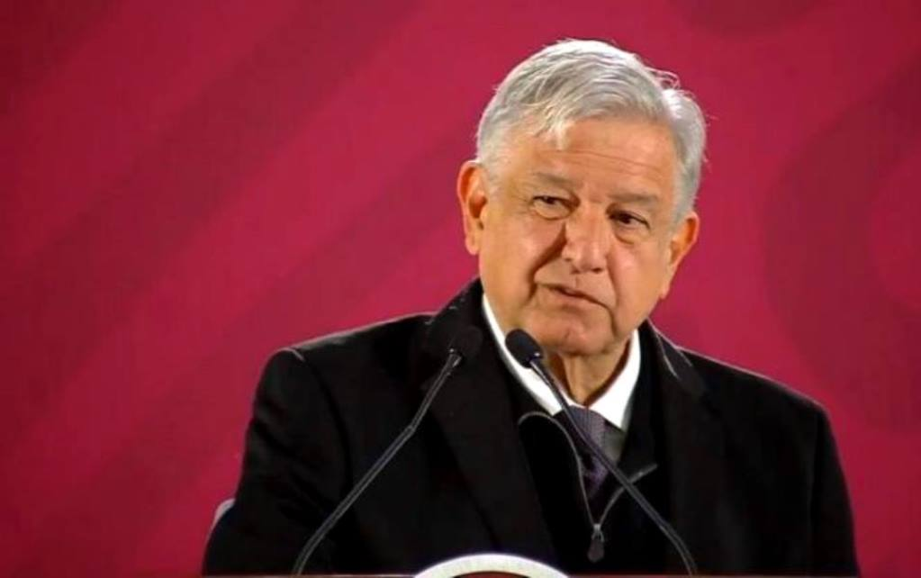 AMLO Takes Fitch Credit Downgrade Personally