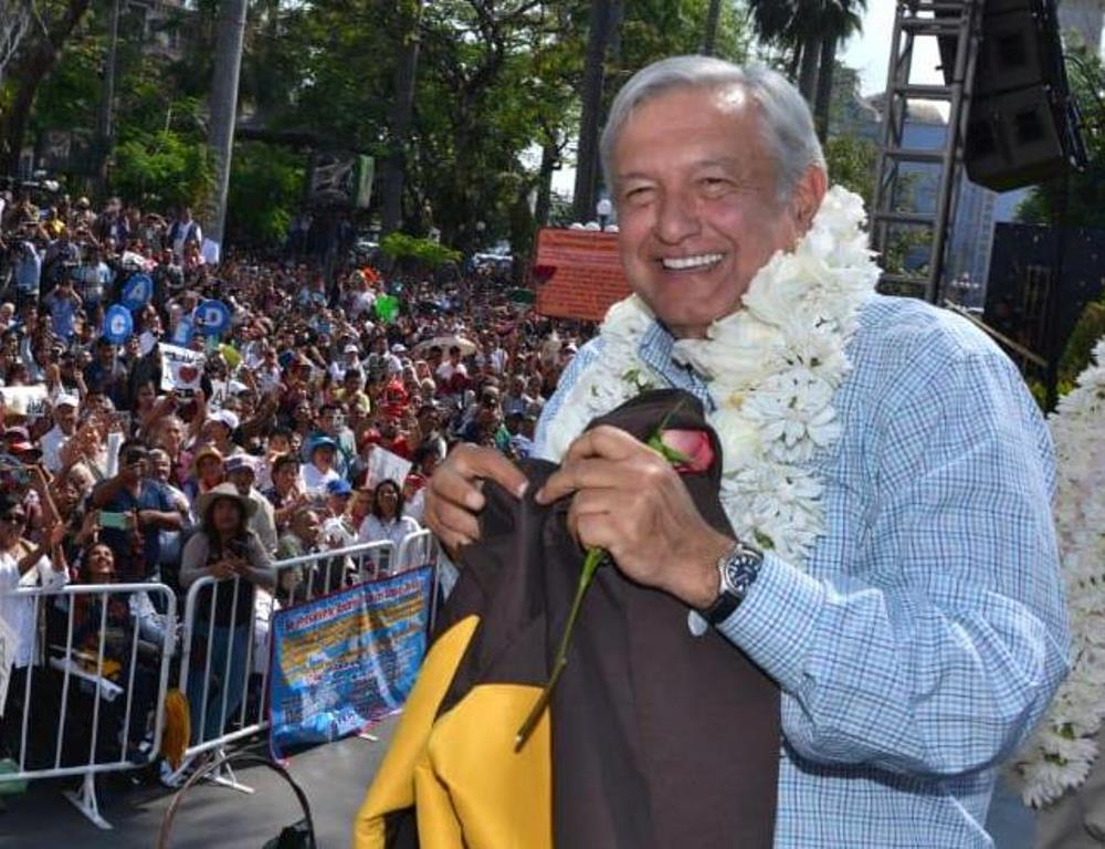 AMLO Discovers Flying Commercial Has ItsDownside