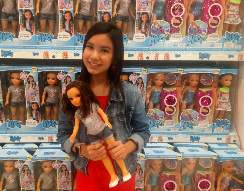 Mexican Mini-Blogger Gets Her Very Own Doll