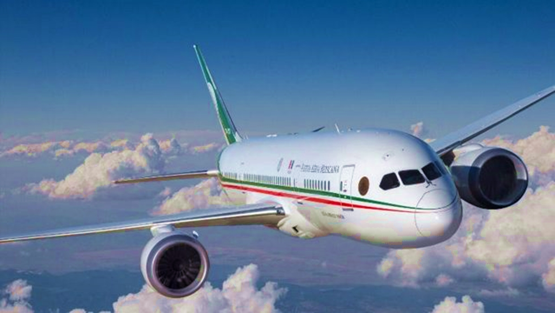 AMLO's Dreamliner 'Ocurrencia'