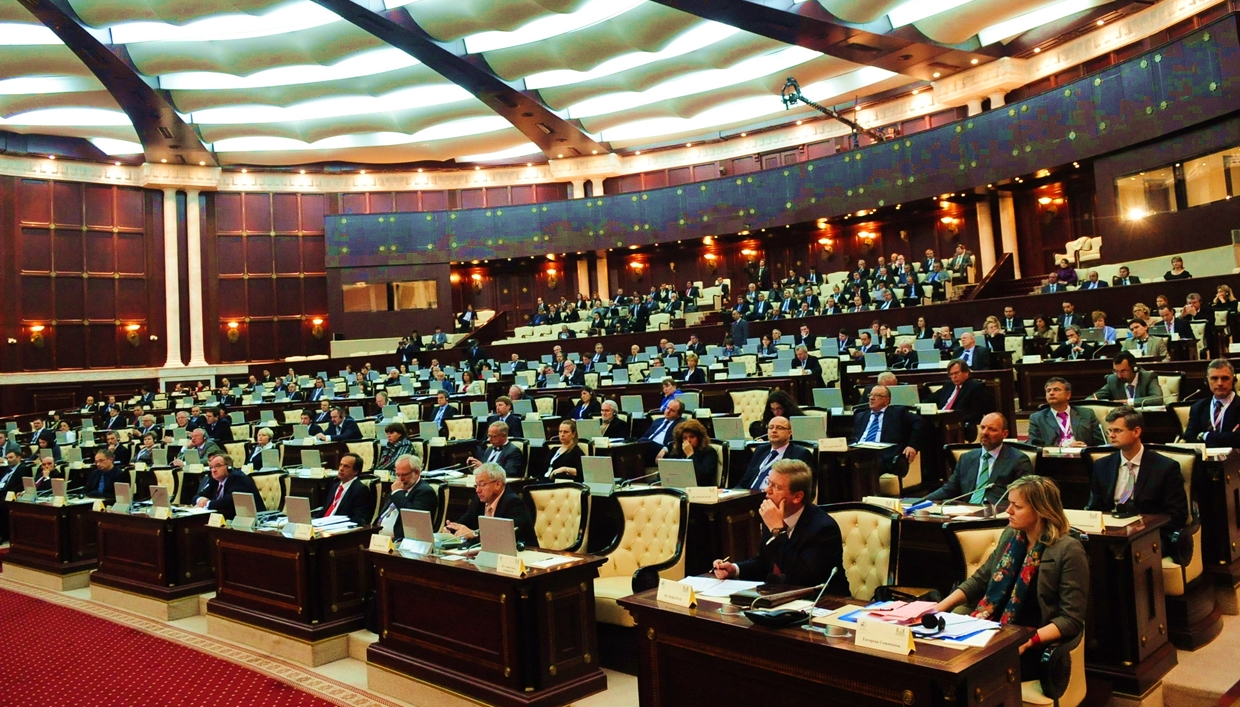 New Azeri Legislators Face Hurdles as They Implement Reforms